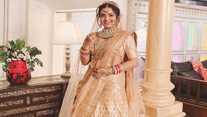 Amrapali Dubey Made a Dhamaal On the set of the film 'Panch Mehariya'